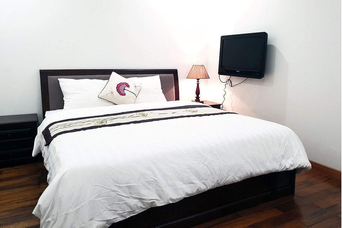 Wooden 2 bedroom serviced apartment