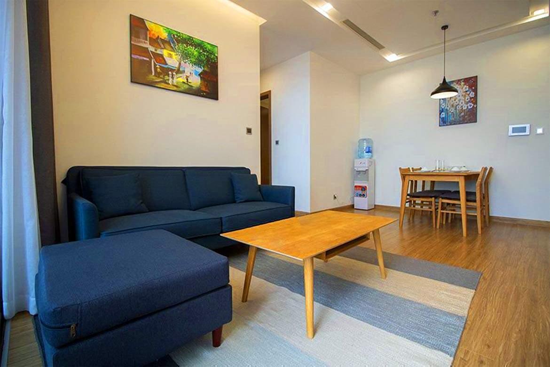 sweet apartment in vinhomes metropolis