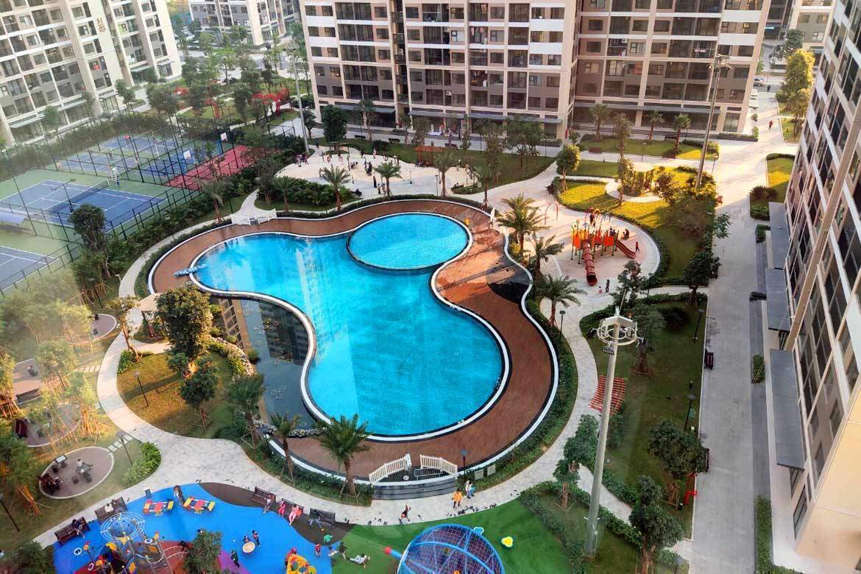 Swimming pool at Vinhomes Smart City