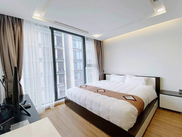 Vinhomes Metropolis 2 bedroom serviced apartment